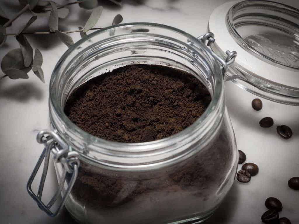 Malt kaffe i glasburk