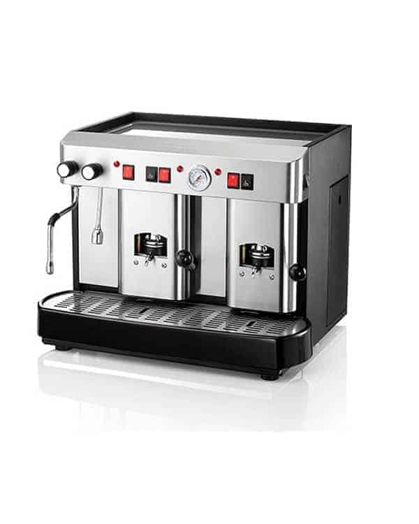 En 2 grupp espressomaskin